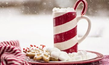 Looking for ways to celebrate the holidays without adding more stuff to your life?